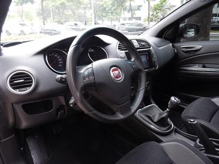 Fiat Bravo 1.8: hatch médio oferece grande conforto