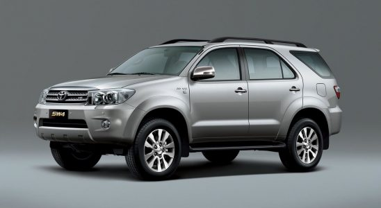 Toyota Hilux SW4 2.8 traz vantagens em relação às versões anteriores