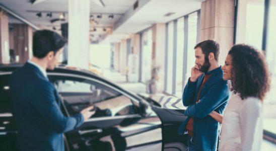 Carros importados para chamar a atenção onde passar